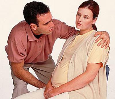 tay giun400 91637937 Bà bầu: Không phải lúc nào cũng phải tránh thuốc tẩy giun