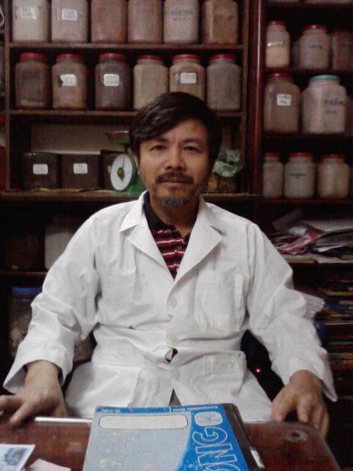 Lương y đa khoa Lê Xuân Hải (Nhà thuốc Đông y gia truyền Duy Hưng, phố Đỗ Quang, Cầu Giấy, Hà Nội