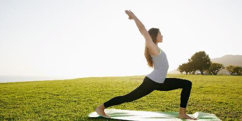 Tập yoga để chống viêm