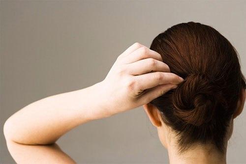Bí quyết tự nhiên ngăn ngừa tóc bạc