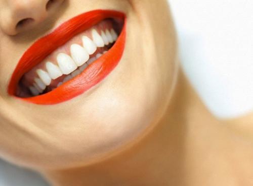Nhìn răng đoán vẻ đẹp và số mệnh của bạn ảnh 2