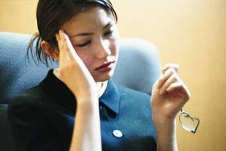 Rối loạn tiền đình là bệnh dai dẳng, vì vậy cần có lối sống lành mạnh mới mong hết bệnh. (Ảnh minh họa)