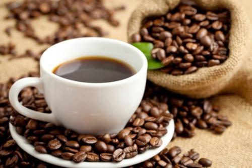Lạm dụng cà phê khiến cơ thể mất nước nghiêm trọng.
