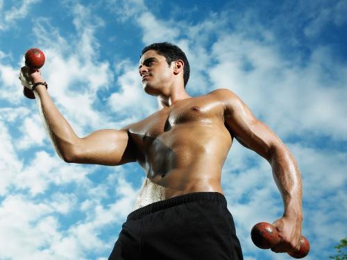 Đàn ông có thân hình hấp dẫn chưa hẳn sẽ có sức hút đối với phụ nữ