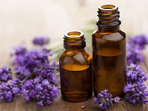 8 ly do cuc chinh cuc loi hai cua tinh dau lavender
