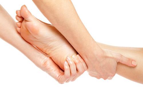 4 vi tri quan trong ma phu nu nen massage de tre lau