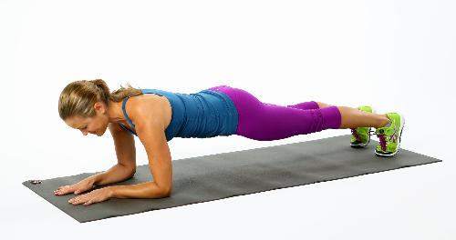elbow plank 4156593 Mỗi ngày hãy dành 4 phút tập động tác tấm ván, mỡ bụng sẽ ra đi không trở lại