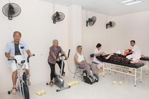 Trung tâm chăm sóc người cao tuổi Diên Hồng (Viện Dưỡng Lão Diên Hồng)