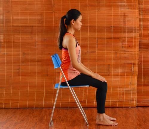 2 phut voi 6 bai tap yoga tang cuong suc khoe toan dien cho phu nu 40