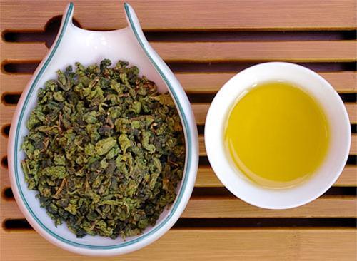 tra o long 112331763 7 loại trà thảo mộc không thể bỏ qua mùa hè