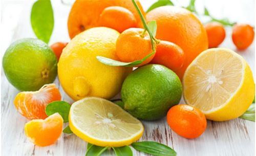 vitamin c 42232476 Thắc mắc: Mùa hè ăn gì vừa mát vừa đẹp da?