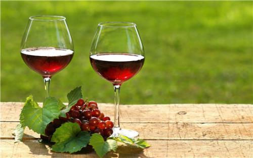 1 ly rượu vang rất tốt cho sức khỏe mỗi ngày