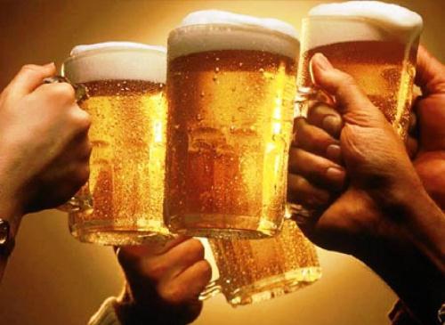 Những người bị xơ gan tuyệt đối không nên uống rượu bia