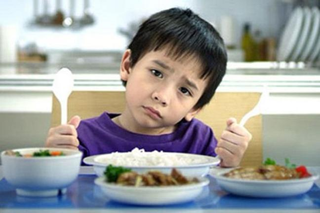 Nguyen nhan tre bieng an la gi?