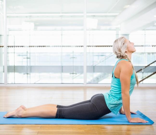 7 tu the yoga giup THU THAI de dang hon