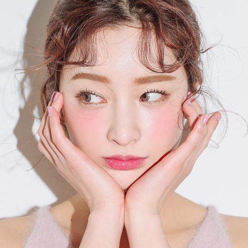 Xu huong Make-up lam mua lam gio trong nam 2018