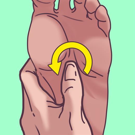 Chuyen gia chia se bai massage chan trong 2 phut giup ngu ngon, sau giac