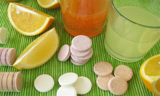 Uong Vitamin C nhu the nao de nang cao suc de khang trong mua dich virus corona?
