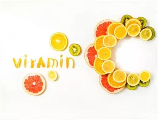 Dang mua cam, mua buoi nhung dung an qua nhieu vi thua vitamin C cung co hai