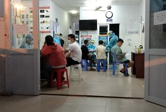 TP. HCM can mo rong lay mau xet nghiem Covid-19 voi nhom nguy co cao trong cong dong
