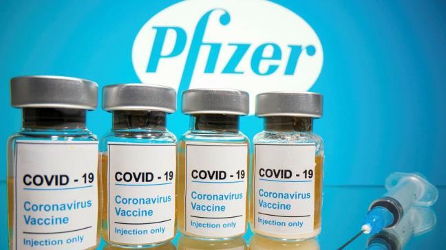 Pfizer: Tiem vaccine lieu ba lam tang luong khang the chong lai bien the Delta gap 5 lan