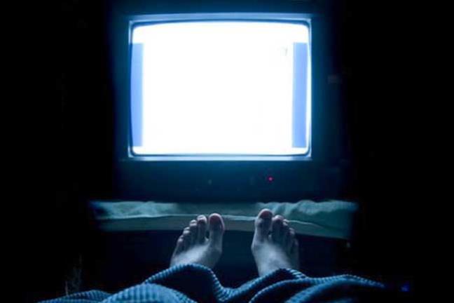 Ngu trong khi TV van mo - Tuong vo hai nhung lai hai khong tuong