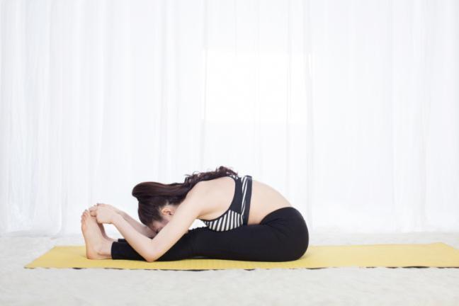 Tap yoga tai nha- het stress, het beo