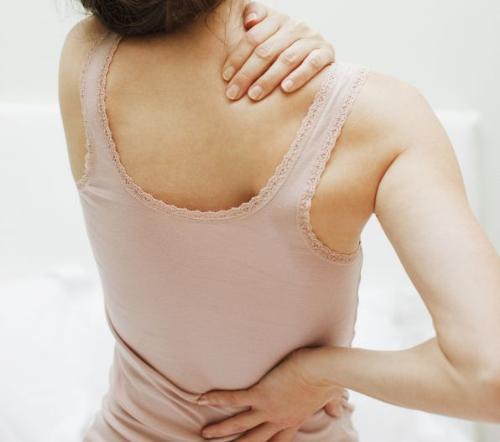 Kết quả hình ảnh cho hiếc khăn tắm có thể trị đau xương khớp