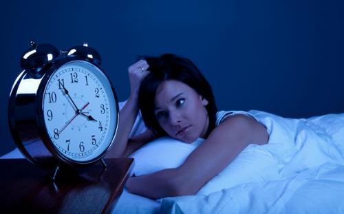 Image result for Thức khuya và các tác hại lên da