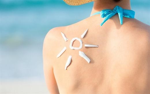 Làm sao để cứu làn da khi bị cháy nắng?