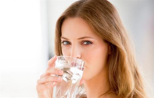 Vì sao không nên uống nước sau khi ăn cay bạn biết không?