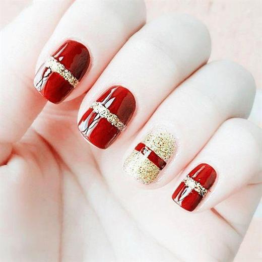 Những mẫu nail xinh đẹp cho mùa Giáng sinh năm nay