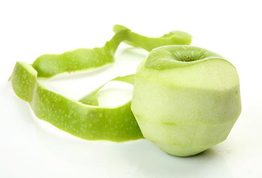 Image result for làm trắng bằng vỏ táo